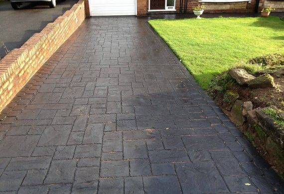 Concrete driveways in Wolverhampton