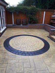 garden patio - cobblecrete